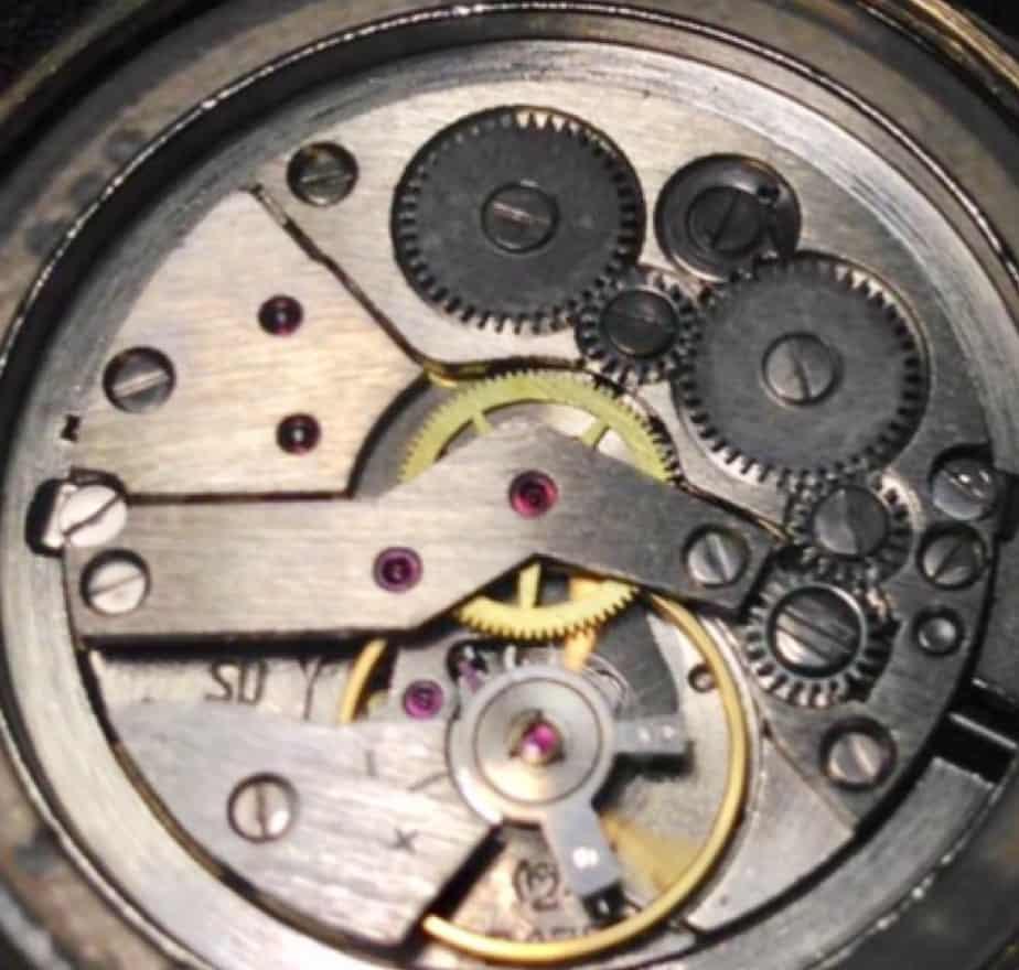 Cosa muove un orologio?